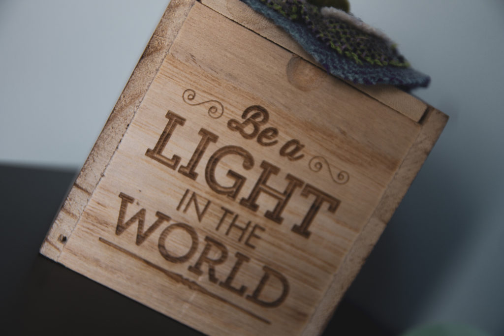 Be a light in the world - Sole Touch